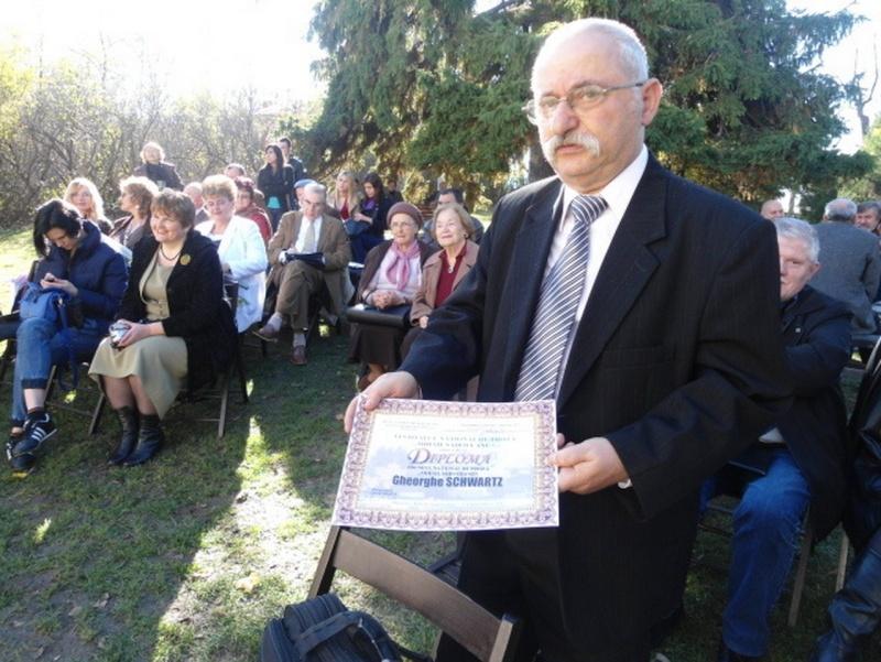 """Festivalul Naţional şi Concursul Național de Proza """"Mihail Sadoveanu"""", Iaşi 3-5 noiembrie 2012 Clip_205"""