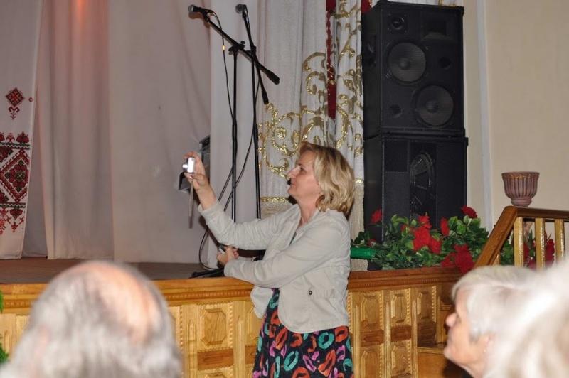 LIMBA NOASTRĂ CEA ROMÂNĂ Chişinău-31 august 2011 si Cernăuţi 10 sept 2011 Clip_219