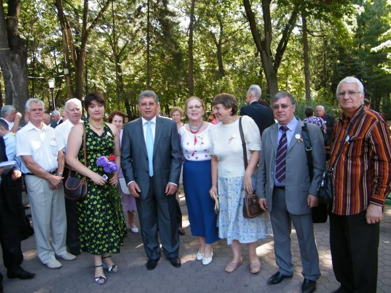 LIMBA NOASTRĂ CEA ROMÂNĂ Chişinău-31 august 2011 si Cernăuţi 10 sept 2011 Clip_314