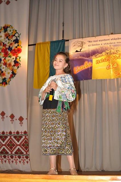 LIMBA NOASTRĂ CEA ROMÂNĂ Chişinău-31 august 2011 si Cernăuţi 10 sept 2011 Clip_320