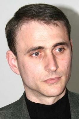 """Lansare de carte - """"Leul înaripat""""-Gabriel Chiriac, la Muzeul Unirii-11 noiembrie 2011 Clip_335"""