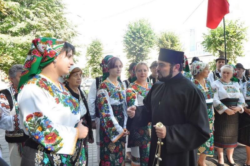 LIMBA NOASTRĂ CEA ROMÂNĂ Chişinău-31 august 2011 si Cernăuţi 10 sept 2011 Clip_613