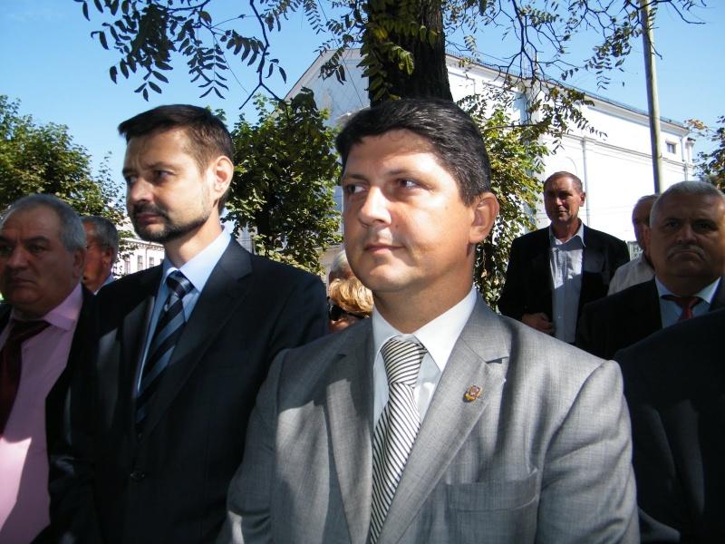 LIMBA NOASTRĂ CEA ROMÂNĂ Chişinău-31 august 2011 si Cernăuţi 10 sept 2011 Clip_615