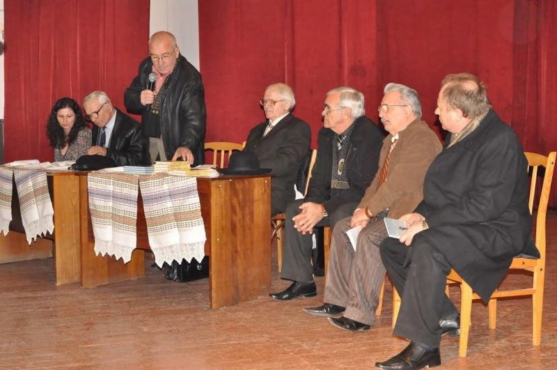 """Lansare de carte: Mircea Lutic. """"ARMINDEN CU HERUVIMI"""" si """"IN LUMINA CUMINECARII"""" Clip_619"""