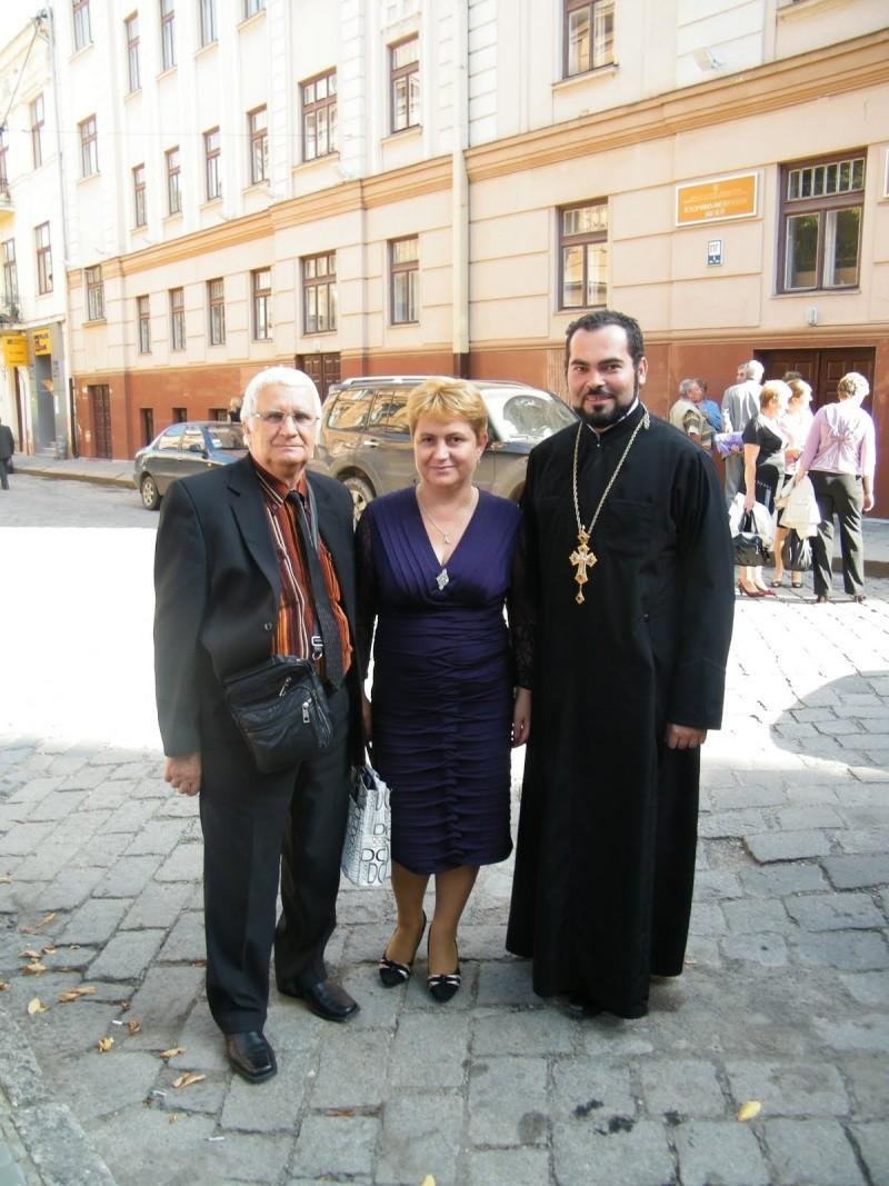 LIMBA NOASTRĂ CEA ROMÂNĂ Chişinău-31 august 2011 si Cernăuţi 10 sept 2011 Clip_715