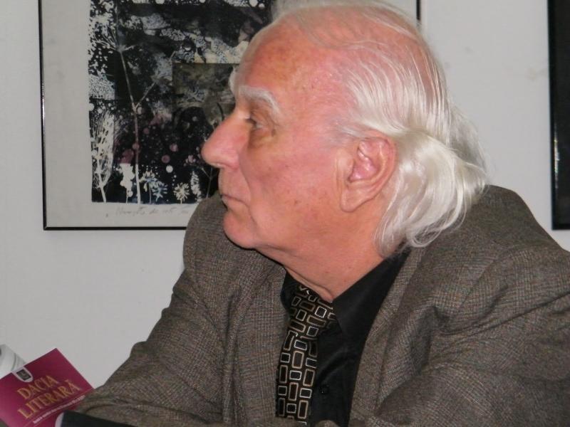 """Festivalul Internaţional de Poezie """"Grigore Vieru""""-Iasi si Chisinau- editia 2011  Clip_820"""