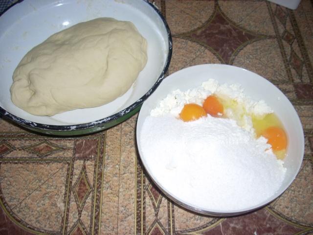 Dulciuri rapide,prajituri de frupt si de post si alte deserturi traditionale Coltun12