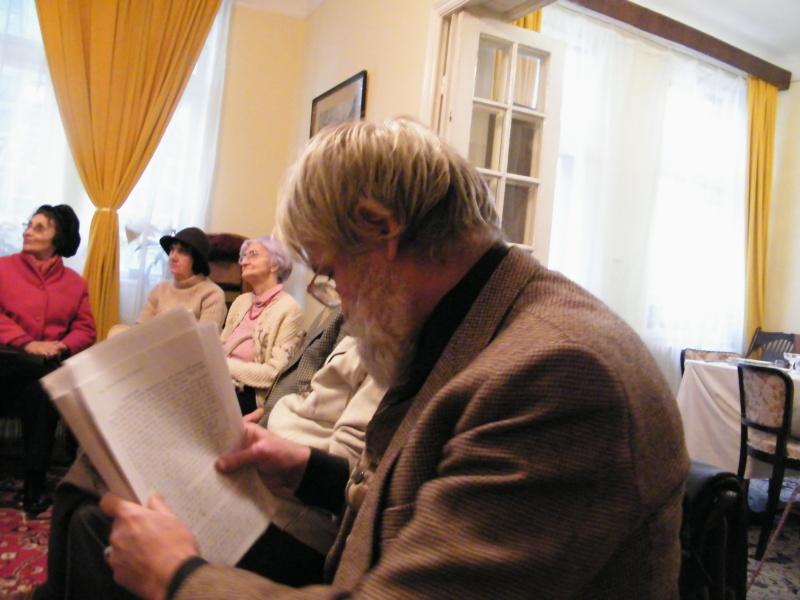Comemorarea sonetistului Mihai Codreanu-23 octombrie 2011 Comemo16