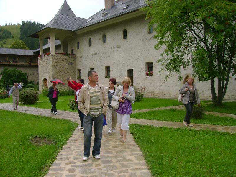 Tabăra de creaţie şi recreaţie de la Câmpulung Moldovenesc-29 iulie/06 august 2011 Dsc00120