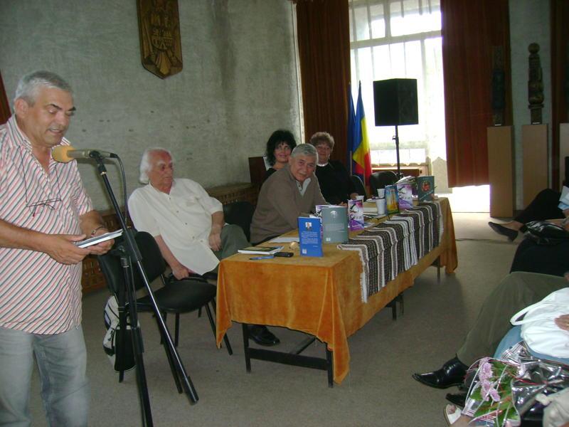 Tabăra de creaţie şi recreaţie de la Câmpulung Moldovenesc-29 iulie/06 august 2011 Dsc00228