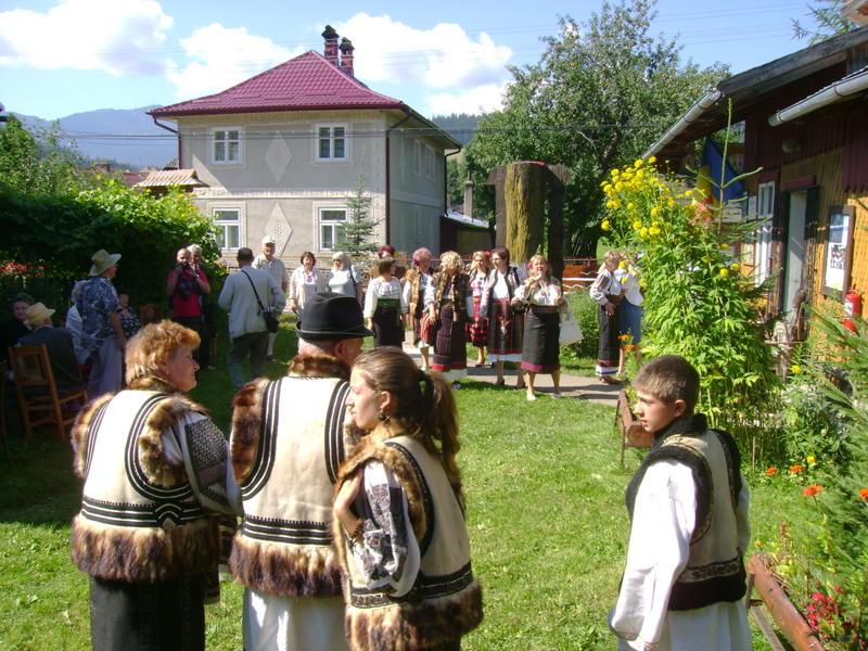 Tabăra de creaţie şi recreaţie de la Câmpulung Moldovenesc-29 iulie/06 august 2011 Dsc00310