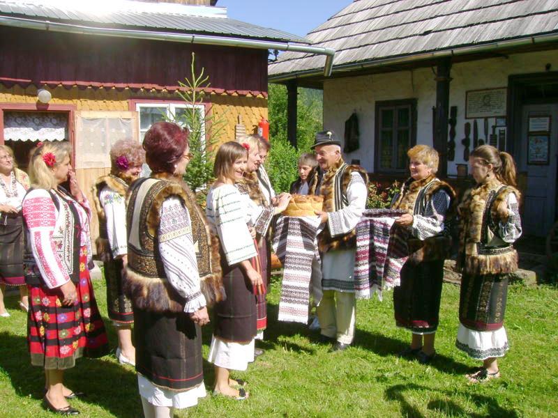 Tabăra de creaţie şi recreaţie de la Câmpulung Moldovenesc-29 iulie/06 august 2011 Dsc00311