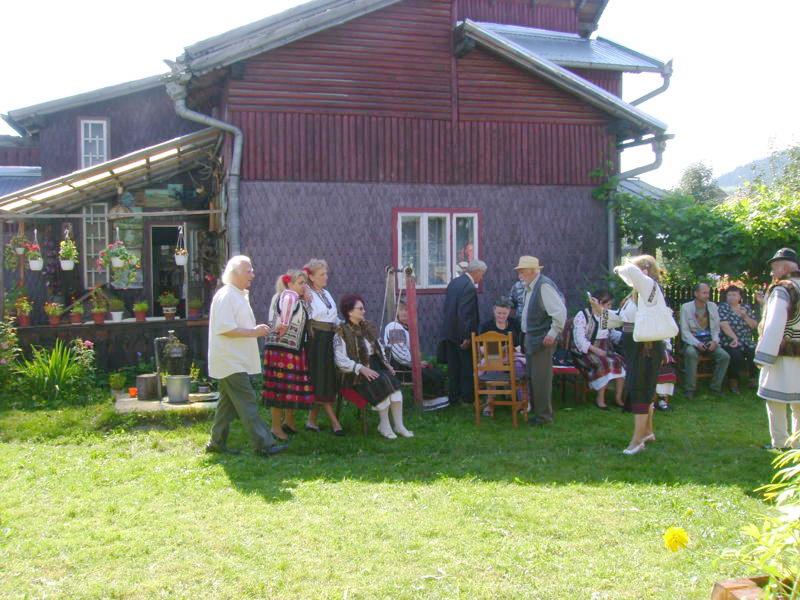 Tabăra de creaţie şi recreaţie de la Câmpulung Moldovenesc-29 iulie/06 august 2011 Dsc00313