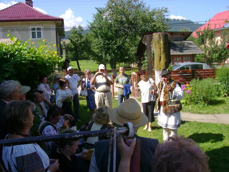 Tabăra de creaţie şi recreaţie de la Câmpulung Moldovenesc-29 iulie/06 august 2011 Dsc00314