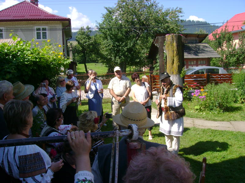 Tabăra de creaţie şi recreaţie de la Câmpulung Moldovenesc-29 iulie/06 august 2011 Dsc00317