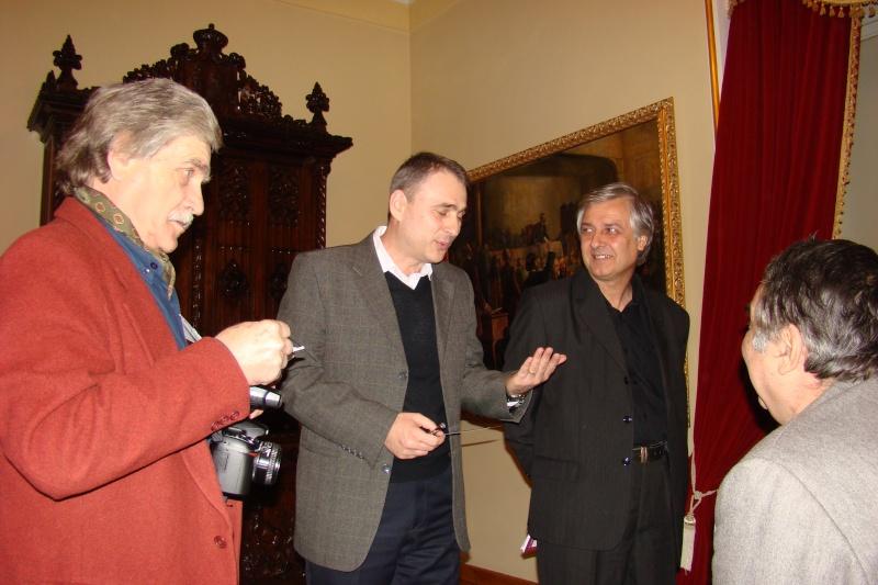"""Lansare de carte - """"Leul înaripat""""-Gabriel Chiriac, la Muzeul Unirii-11 noiembrie 2011 Dsc03313"""