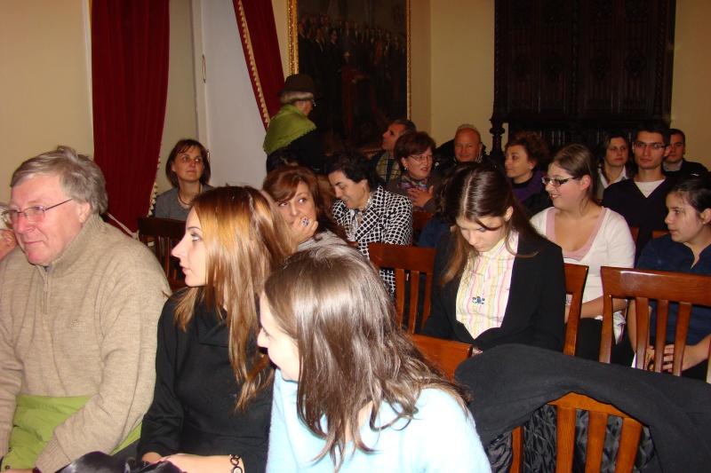 """Lansare de carte - """"Leul înaripat""""-Gabriel Chiriac, la Muzeul Unirii-11 noiembrie 2011 Dsc03315"""