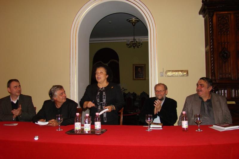 """Lansare de carte - """"Leul înaripat""""-Gabriel Chiriac, la Muzeul Unirii-11 noiembrie 2011 Dsc03321"""