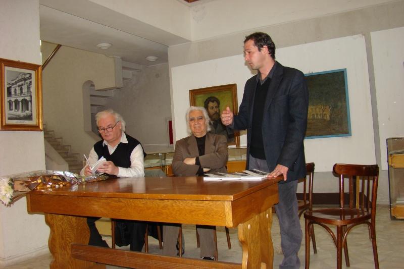 Lansarea volumelor semnate de Alexandru TACU- 12 noiembrie 2011  Dsc03410