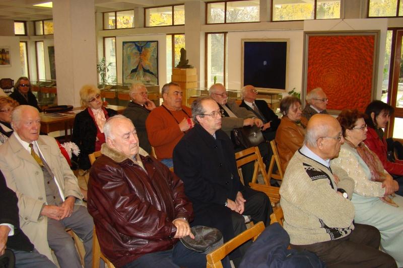 Lansarea volumelor semnate de Alexandru TACU- 12 noiembrie 2011  Dsc03411