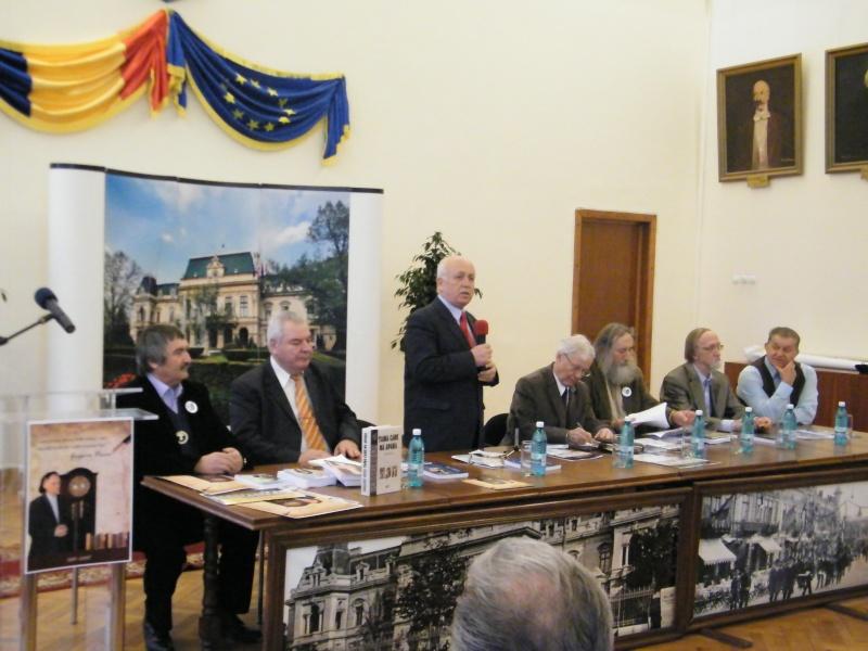 """Festivalul Internaţional de Poezie """"Grigore Vieru""""-Iasi si Chisinau- editia 2011  Dscf0010"""