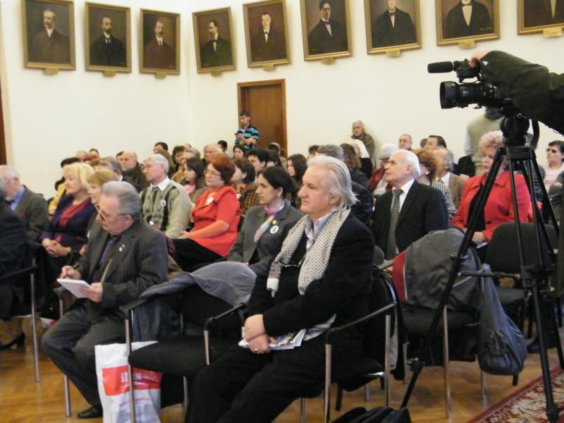"""Festivalul Internaţional de Poezie """"Grigore Vieru""""-Iasi si Chisinau- editia 2011  Dscf0012"""