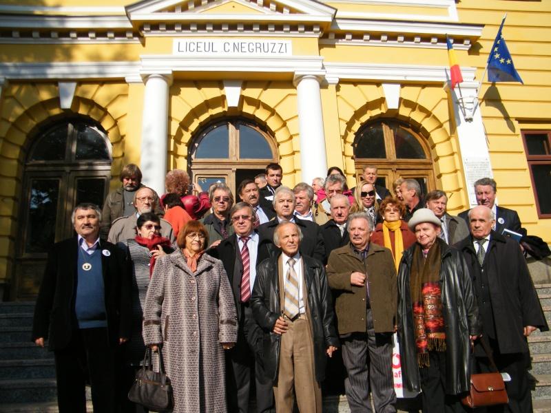 """Festivalul Internaţional de Poezie """"Grigore Vieru""""-Iasi si Chisinau- editia 2011  Dscf0027"""