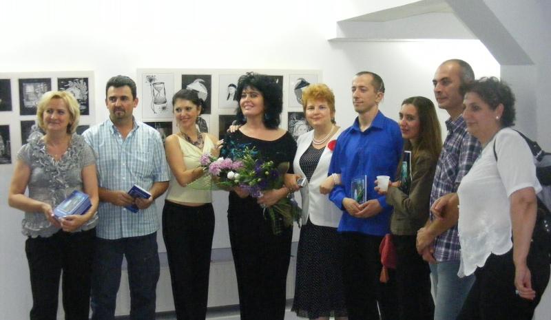 Şedinţa a XVII-a Cenaclului U.P.-Lansare de carte-Ovidiu Raul Vasiliu-22 sept 2011 Dscf6520