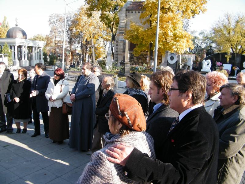 """Festivalul Internaţional de Poezie """"Grigore Vieru""""-Iasi si Chisinau- editia 2011  Dscf9613"""