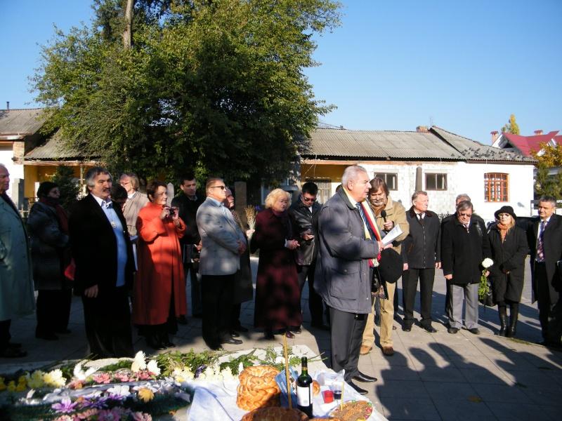 """Festivalul Internaţional de Poezie """"Grigore Vieru""""-Iasi si Chisinau- editia 2011  Dscf9614"""