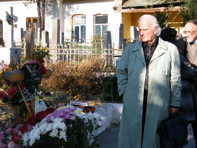 """Festivalul Internaţional de Poezie """"Grigore Vieru""""-Iasi si Chisinau- editia 2011  Dscf9615"""