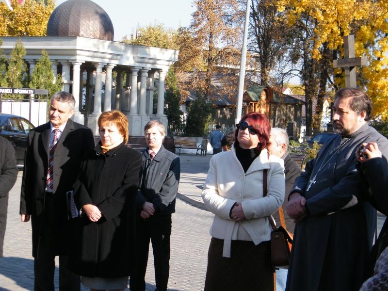"""Festivalul Internaţional de Poezie """"Grigore Vieru""""-Iasi si Chisinau- editia 2011  Dscf9616"""