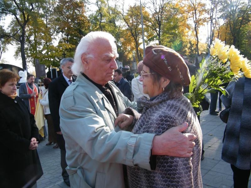 """Festivalul Internaţional de Poezie """"Grigore Vieru""""-Iasi si Chisinau- editia 2011  Dscf9618"""