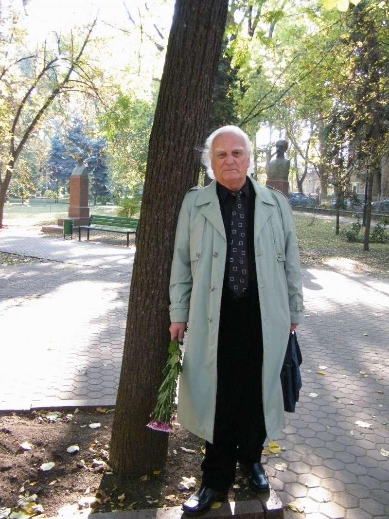 """Festivalul Internaţional de Poezie """"Grigore Vieru""""-Iasi si Chisinau- editia 2011  Dscf9631"""