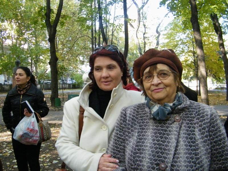 """Festivalul Internaţional de Poezie """"Grigore Vieru""""-Iasi si Chisinau- editia 2011  Dscf9712"""