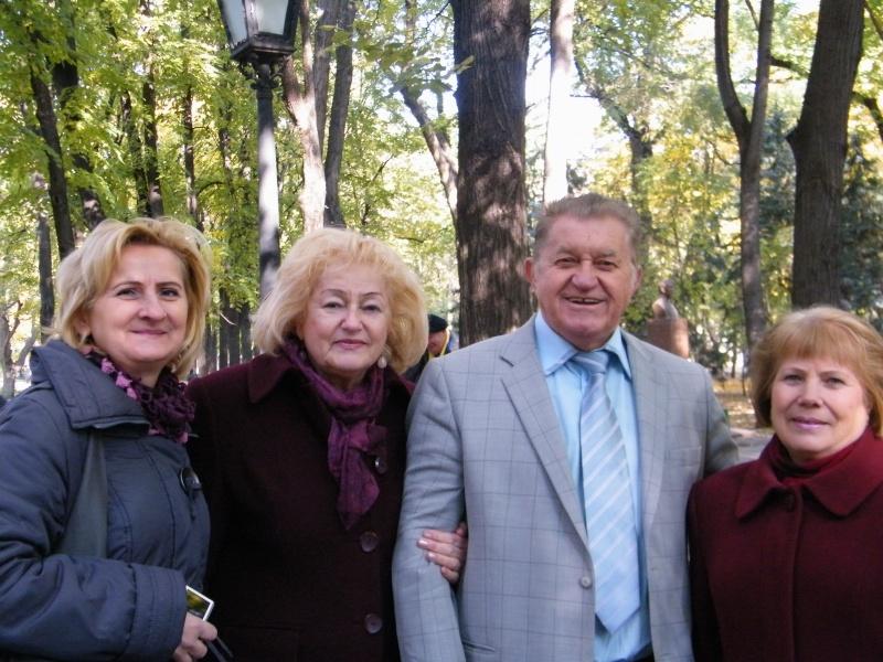 """Festivalul Internaţional de Poezie """"Grigore Vieru""""-Iasi si Chisinau- editia 2011  Dscf9716"""
