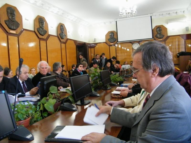 """Festivalul Internaţional de Poezie """"Grigore Vieru""""-Iasi si Chisinau- editia 2011  Dscf9717"""