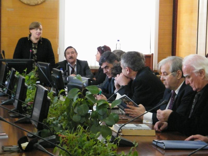 """Festivalul Internaţional de Poezie """"Grigore Vieru""""-Iasi si Chisinau- editia 2011  Dscf9812"""