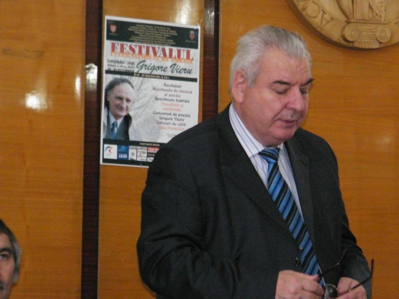 """Festivalul Internaţional de Poezie """"Grigore Vieru""""-Iasi si Chisinau- editia 2011  Dscf9813"""