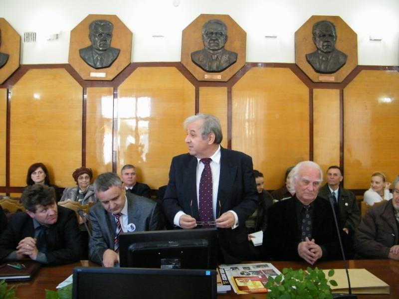 """Festivalul Internaţional de Poezie """"Grigore Vieru""""-Iasi si Chisinau- editia 2011  Dscf9817"""
