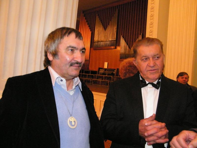 """Festivalul Internaţional de Poezie """"Grigore Vieru""""-Iasi si Chisinau- editia 2011  Dscf9914"""