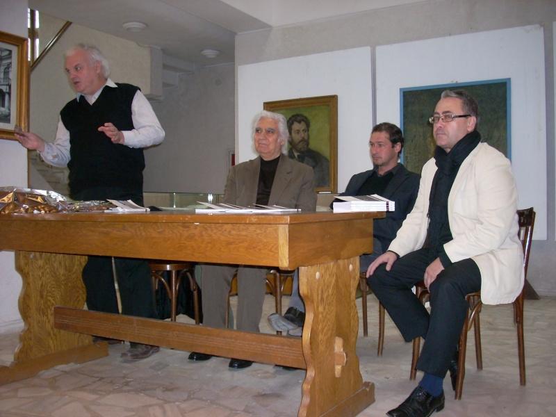Lansarea volumelor semnate de Alexandru TACU- 12 noiembrie 2011  Dscn0210