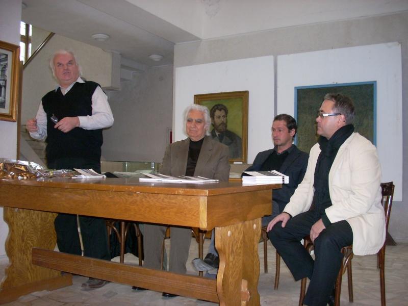 Lansarea volumelor semnate de Alexandru TACU- 12 noiembrie 2011  Dscn0211