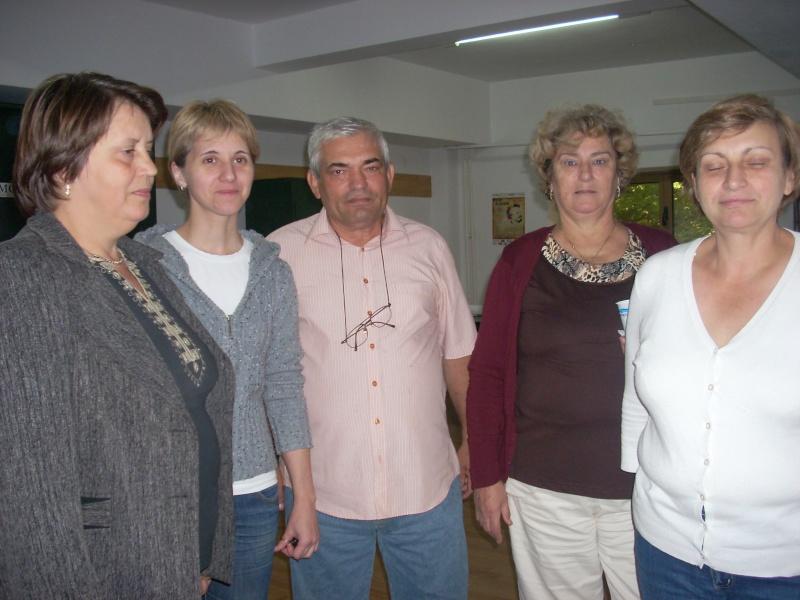 Scriitorul şi cărţile sale-Emilian Marcu-08 octombrie 2010 Emilia11