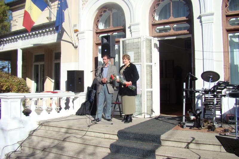 """Festivalul Naţional şi Concursul Național de Proza """"Mihail Sadoveanu"""", Iaşi 3-5 noiembrie 2012 Festi130"""