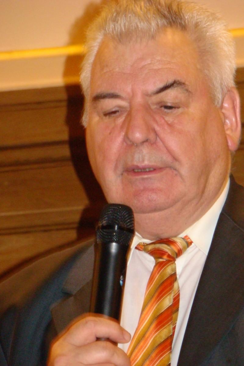 """Festivalul Internaţional de Poezie """"Grigore Vieru""""-Iasi si Chisinau- editia 2011  Festiv18"""