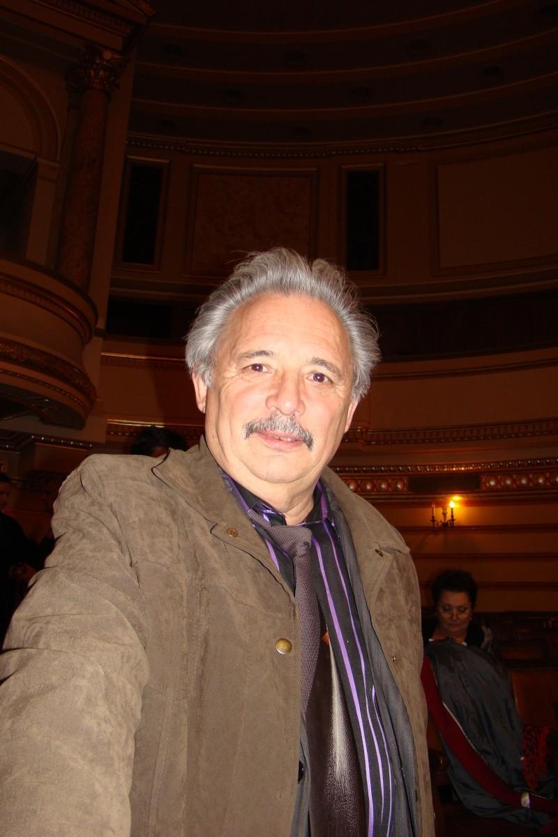 """Festivalul Internaţional de Poezie """"Grigore Vieru""""-Iasi si Chisinau- editia 2011  Festiv20"""