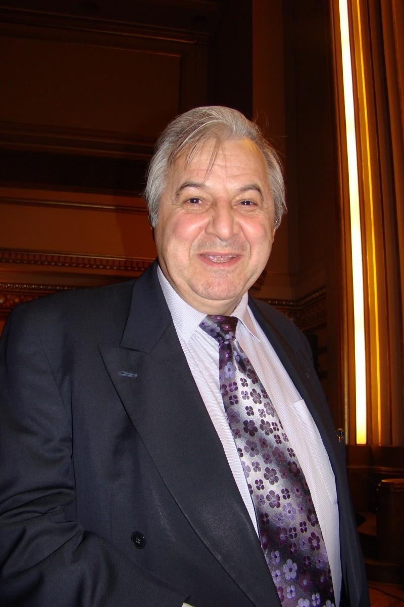 """Festivalul Internaţional de Poezie """"Grigore Vieru""""-Iasi si Chisinau- editia 2011  Festiv21"""