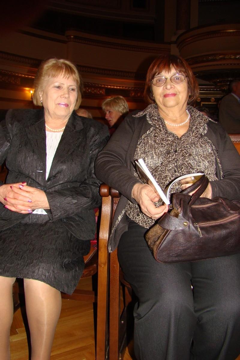 """Festivalul Internaţional de Poezie """"Grigore Vieru""""-Iasi si Chisinau- editia 2011  Festiv32"""