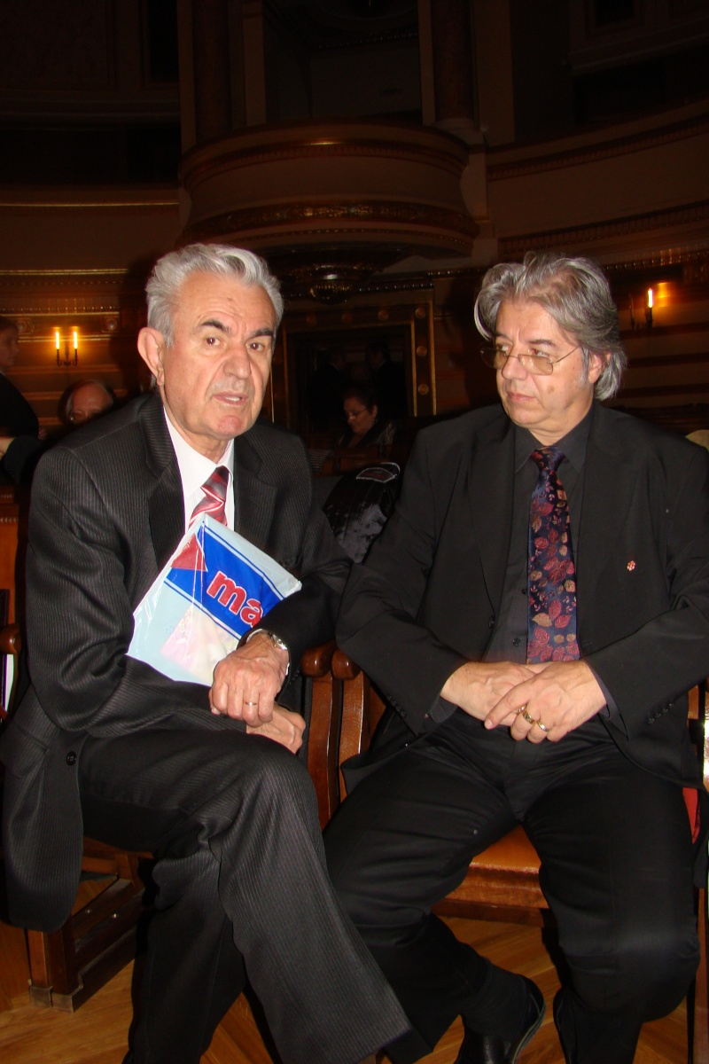 """Festivalul Internaţional de Poezie """"Grigore Vieru""""-Iasi si Chisinau- editia 2011  Festiv34"""